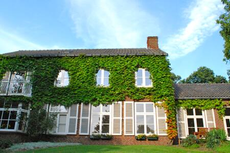 Huize Nobel - Cozy & Luxurious stay - Grave - Bed & Breakfast