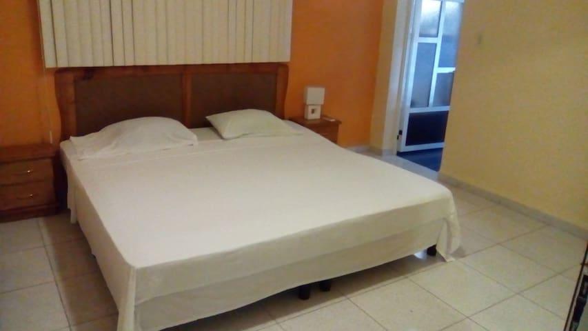Madytours - La Habana - Lejlighed