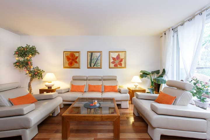 luxury 3BR, 3Bathrooms and garden - Neuilly-sur-Seine - Apartament