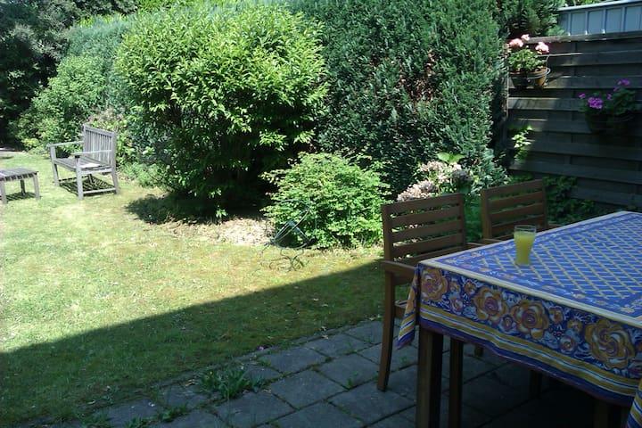 begane grond woning met tuin
