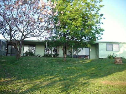 Fully selfcontained 2 bedroom farm apartment