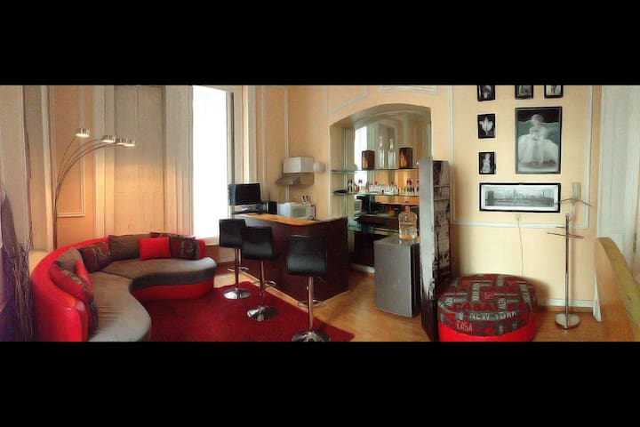 Reforma Av. apartment w/ dungeon!? - Apartments for Rent in Mexico ...