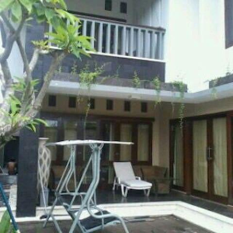 BEAUTIFULL HOUSE AT KEROBOKAN!