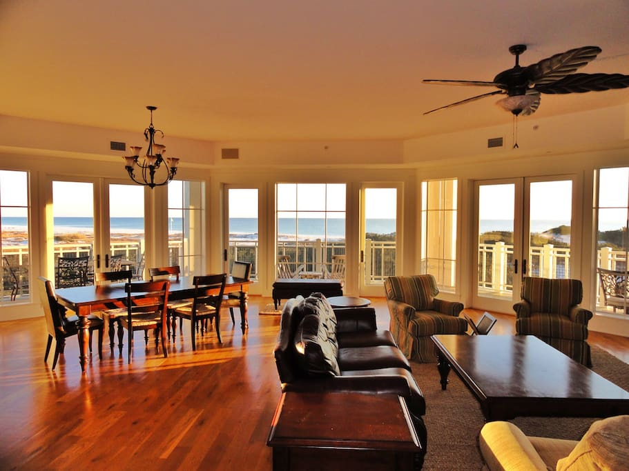 Great room with 270 degree views of the Gulf
