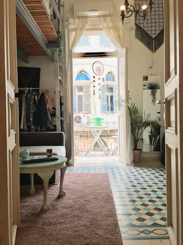 A gallery apartment in Jaffa\ tel-aviv