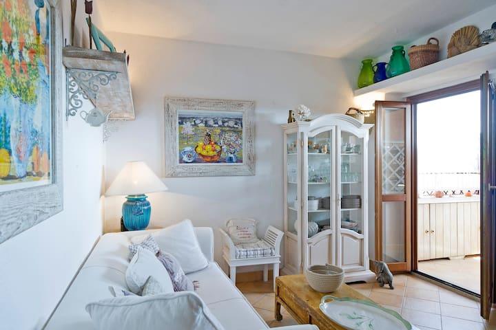 Bilocale Marinella vista mare - PORTO ROTONDO - Huis