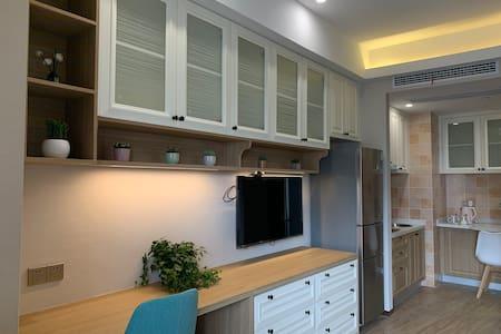 [毛毛家]现代小清新,落地窗公寓