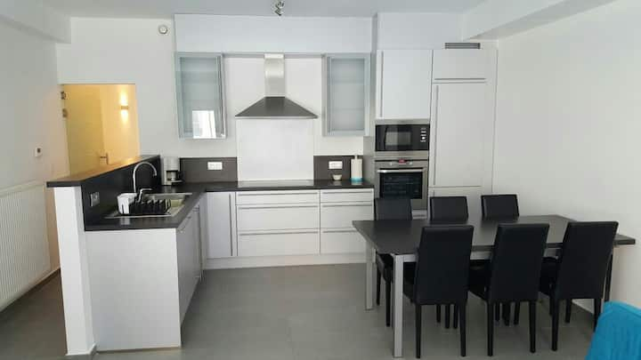 Modern appartement te Oostende dicht bij zee