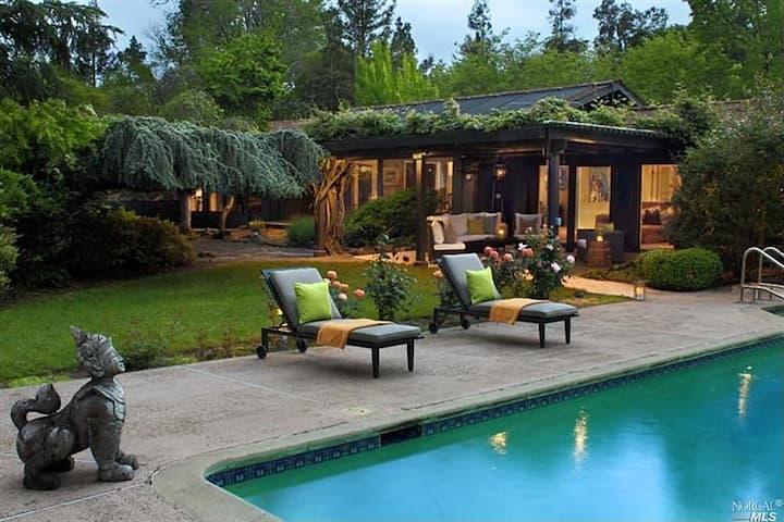 Stylish Sonoma Estate 5 BR