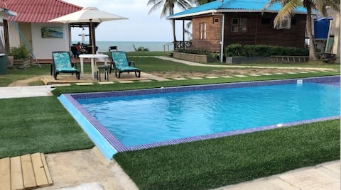 Cabins Sea View PRIVATE POOL & AIR ACONDITIONED