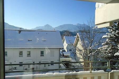 Sonnige Wohnung mit Bergblick in Füssen