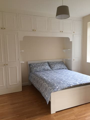 A Comfortable Bright double Room (NL-III)