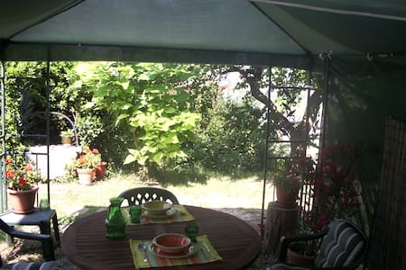 Studio with garden near the sea - Koper - Bed & Breakfast