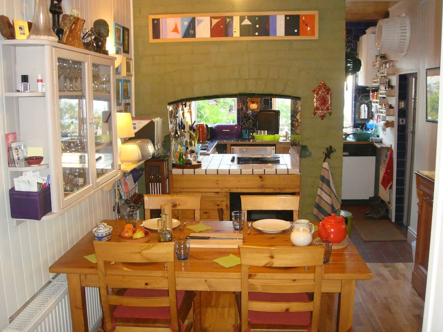 Kitchen and scullery.