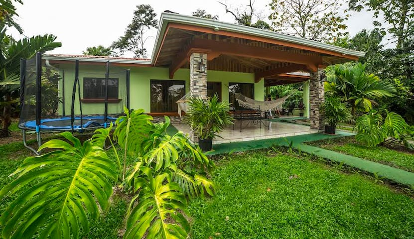 Arenal Ginger Home - La Fortuna - Hus