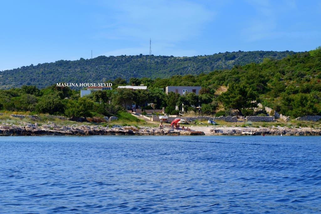 MASLINA HOUSE SEVID - view from the sea side