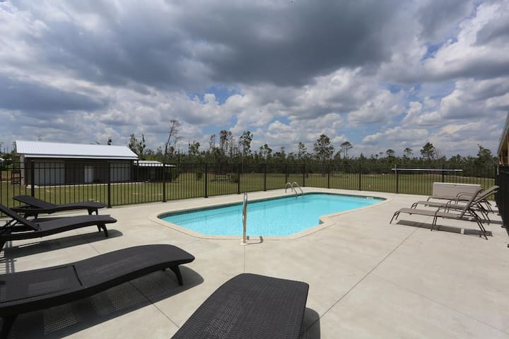 Private Pool, Huge Screened Porch, Lots of Space ~ BeachWise