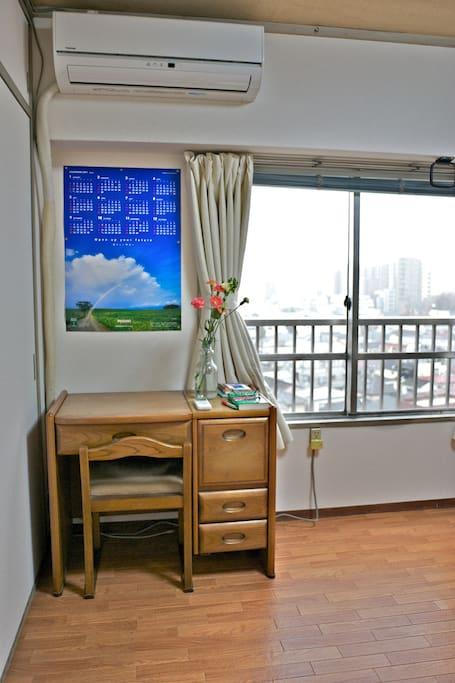 Geust room with a dresser