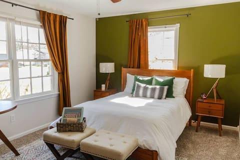 NEW! Cozy House 3BR+Kitchen+LaundryR.+Wi Fi+Office