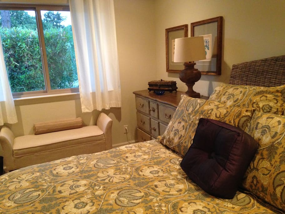 This is the Queen Room for rent