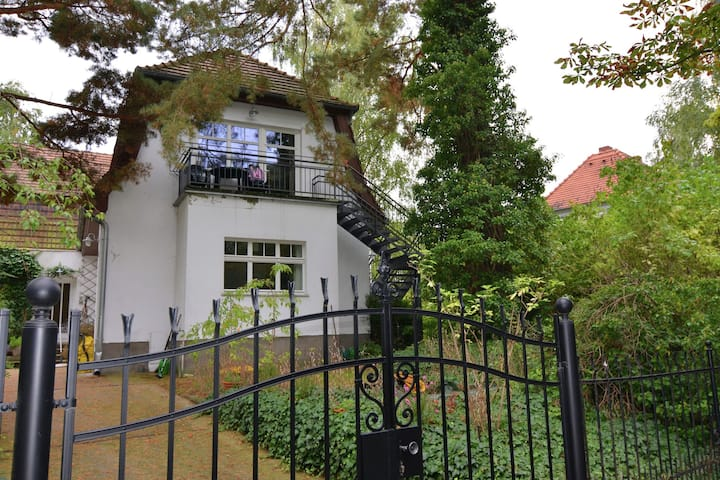 Striking Apartment near Lake in Wannsee