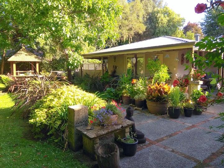 Garden Studio With Ensuite