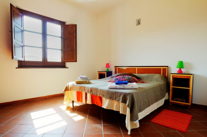 Old village,country near seaside - Milis - Apartamento