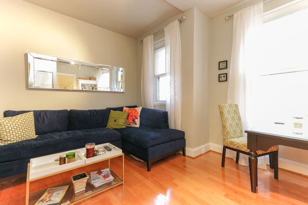 Upscale 1 br dupont u 14th st condominiums for for M dupont the dining rooms lyrics