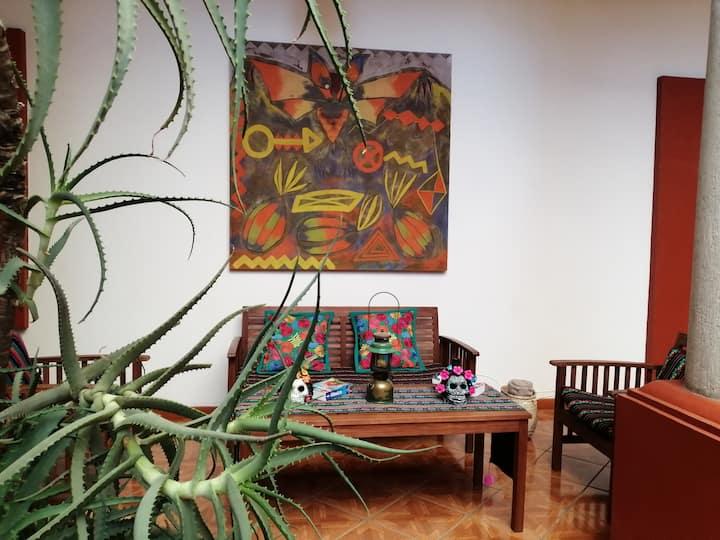 Casa Agave City Market/Entire House 9Rooms & 9BTHR