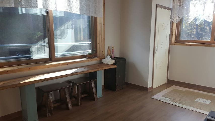 초당동에 위치한 Pine tree house. - Chodangwon-gil, Gangneung - Bed & Breakfast
