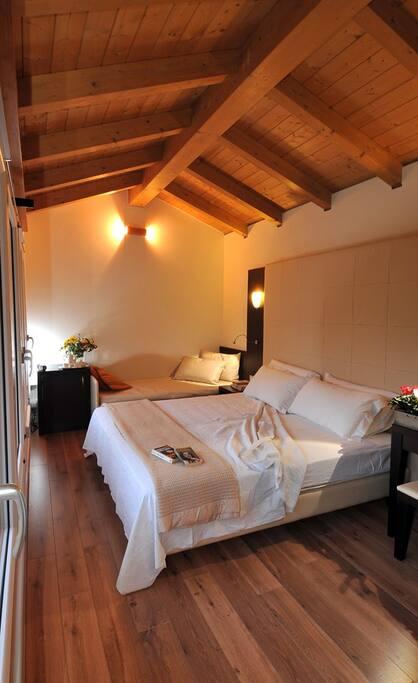 cottage left room