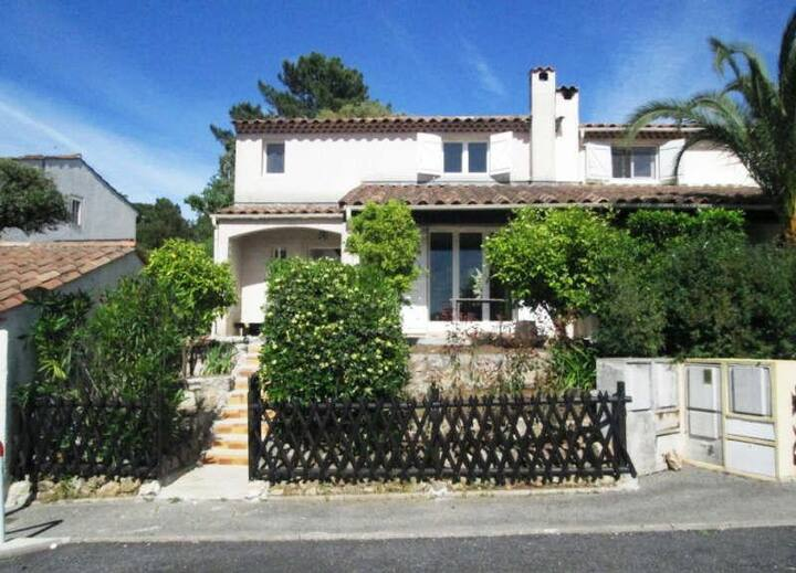 Beautiful house- Valbonne