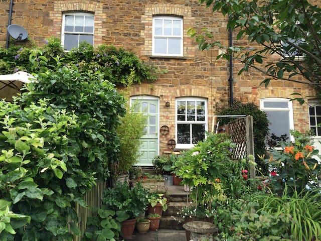 Number 4, Pleasant Terrace, Uppingham, Rutland