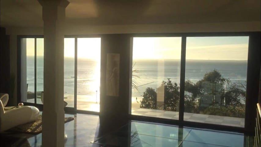 Chambre 10m2 dans Villa vue mer