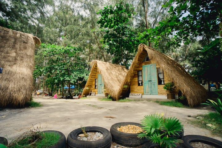 Kwentong Dagat Resort Nipa Cabin