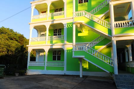 KitNix Apartments (Bongo Road)