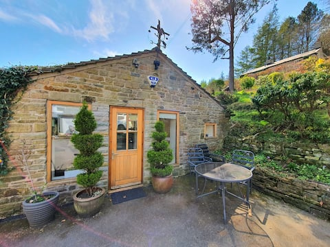 Rural Peak District retreat