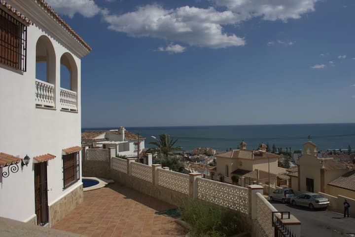 Big villa with lovely view and private pool