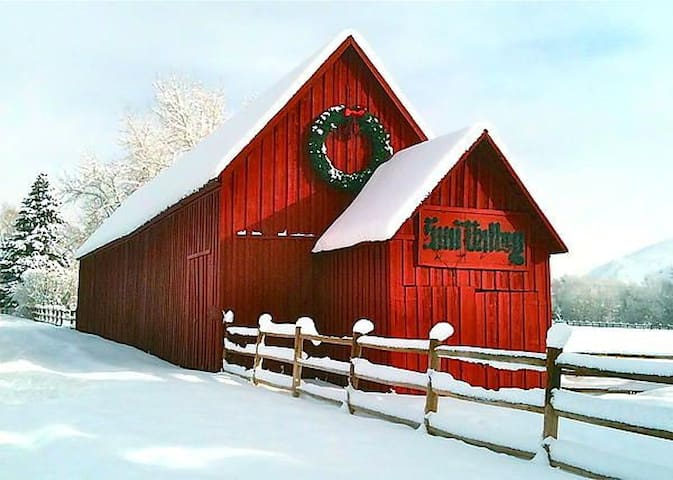 Famous red barn of SV. Great place to stop and take a picture on your way in to the condo.