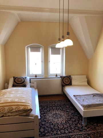 slepping room 2 - twin bed