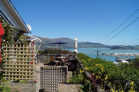 Sunny appartment with kitchen,patio and views - Lyttelton - 公寓