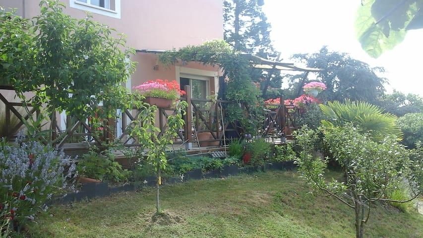 Maison particulière repos assuré cadre agréable - Saint-Georges-de-Montaigu - Rumah