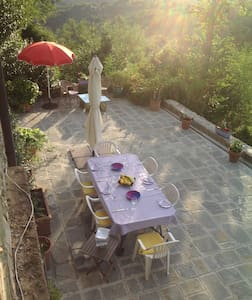 Il Fabbro  double rooms +breakfast - Filecchio - Bed & Breakfast