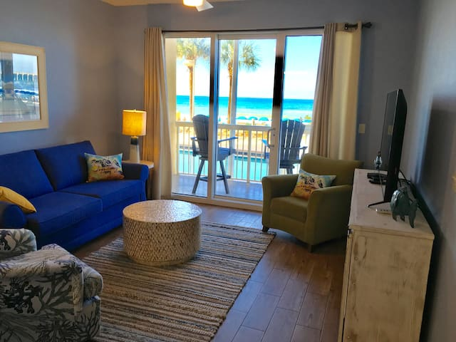 Calypso 105 E. Low floor Beachfront WalkToPierPark