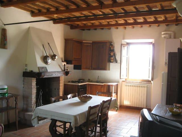 San Giuseppe Cottage: Living Room