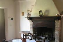 Vigneti Cottage: Apt Rosa Living Room