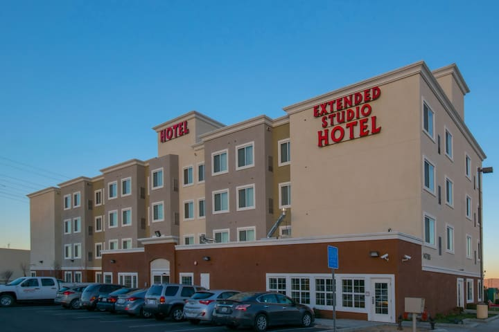 Hotel Extended Studio. Best Rooms/Service in Town! - Victorville