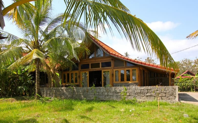 Villa Jati Balian - Surfs Up Balian - West Selemadeg - House
