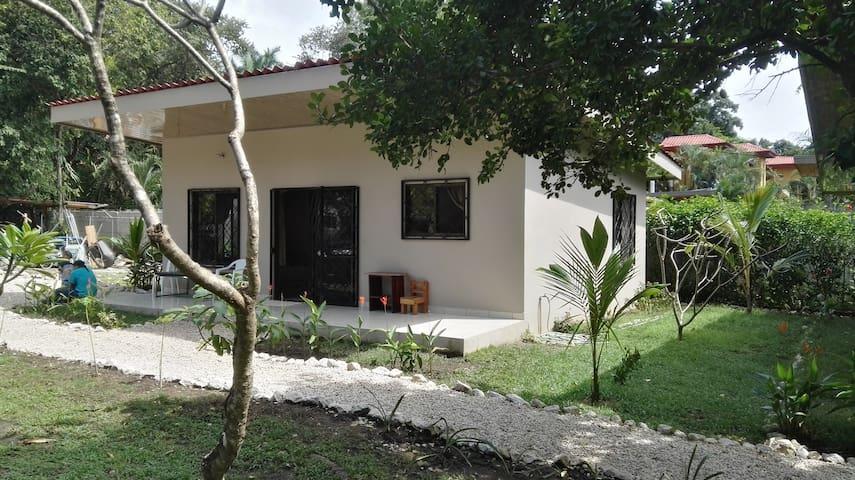 Casa Plumeria- family friendly 2 bed 2 bath house.