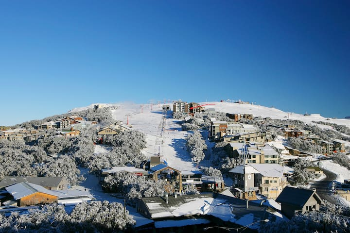 Ski in/Ski out 2Bdr Apartment - Mount Buller - 公寓